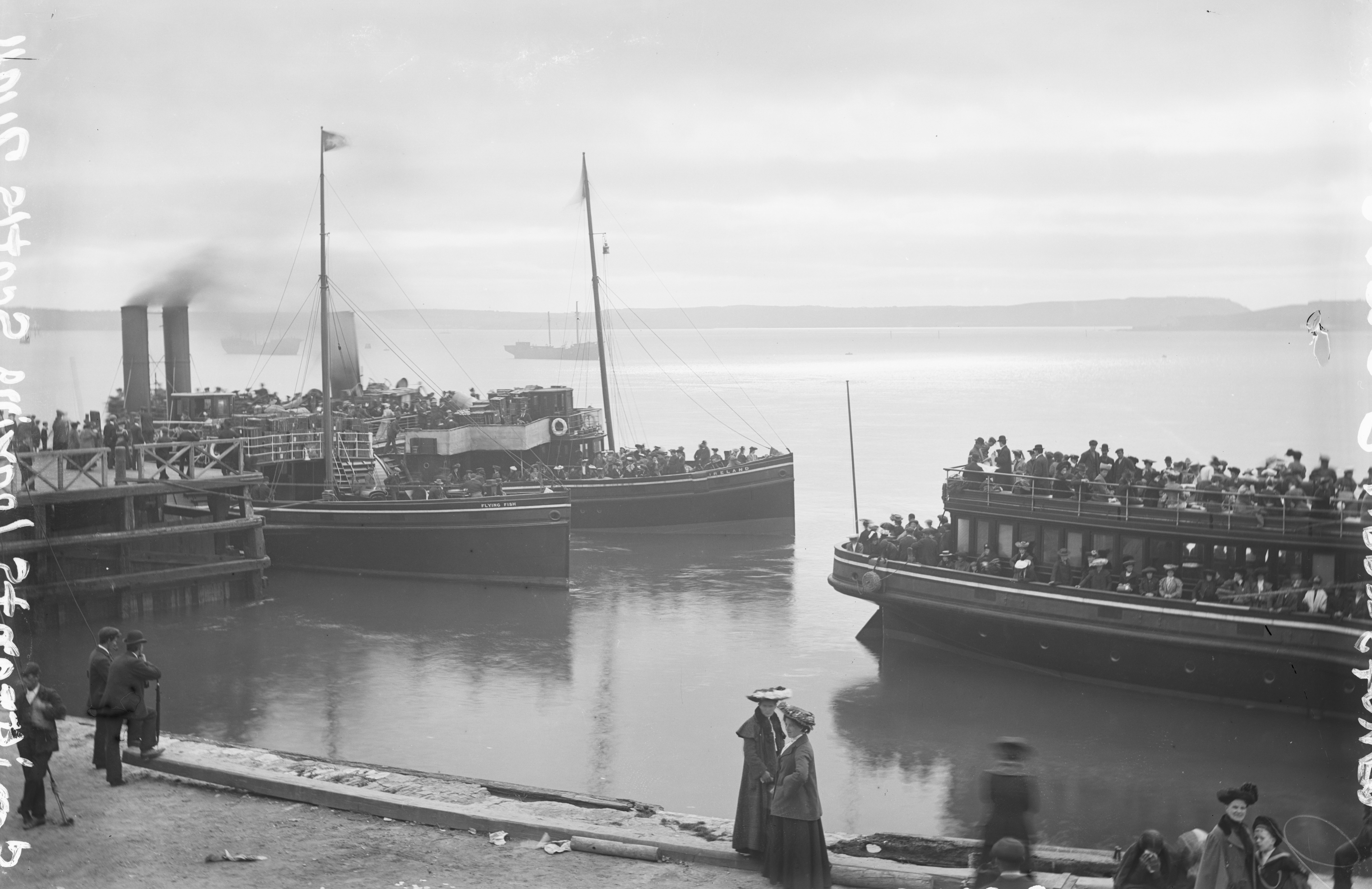 Emigrants leaving from Queenstown, NLI ref. L_CAB 05258