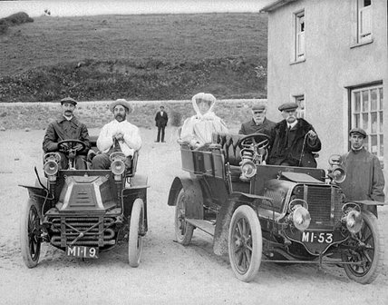 Group in motor cars, Bunmahon, Co. Waterford (Ref.:PWP1578).